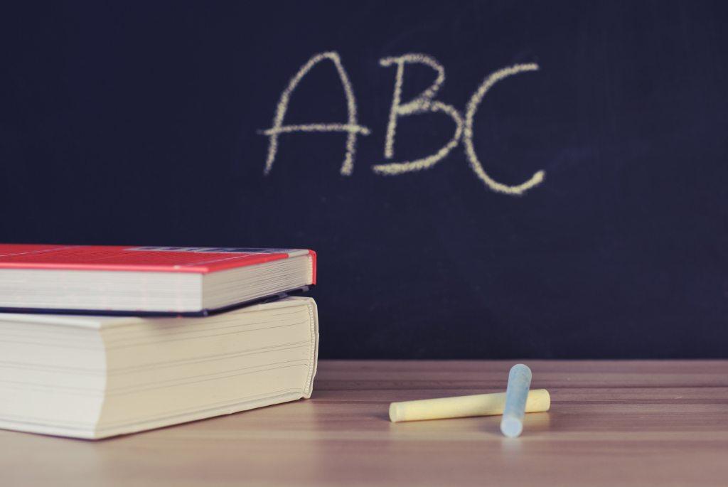 declutter-your-classroom